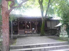 木陰をたどって・・・櫻岡大神宮