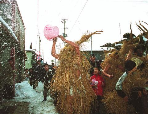 奇祭【米川の水かぶり】が行われます