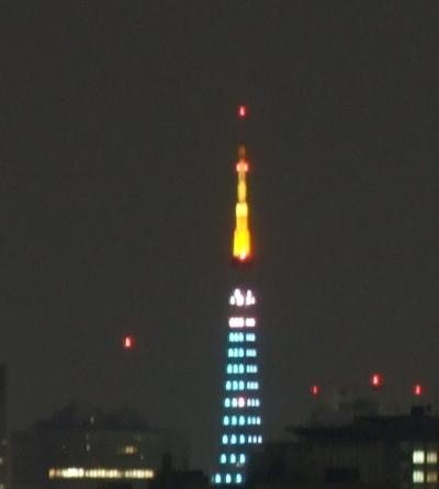 今日の東京タワーのダイヤモンドヴェールはピュア・グリーン?