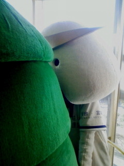 川口そごうの東北物産展でのむすび丸達(提供:桃【もも】様)