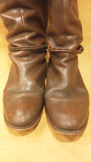 ブーツ ミガキ