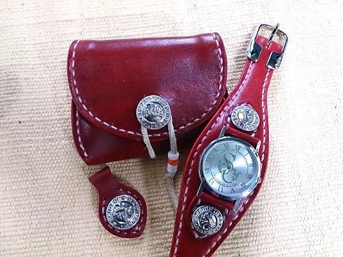 革の宝石 ルガトショルダー・レッド