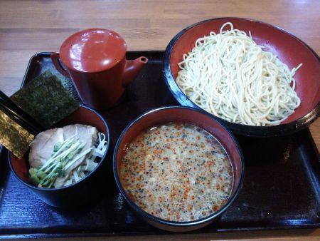 神奈川: イツワ製麺食堂のイツワつけ麺