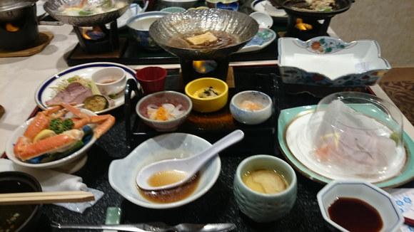 宮城県 鳴子温泉 ますや さんの豪華な夕食