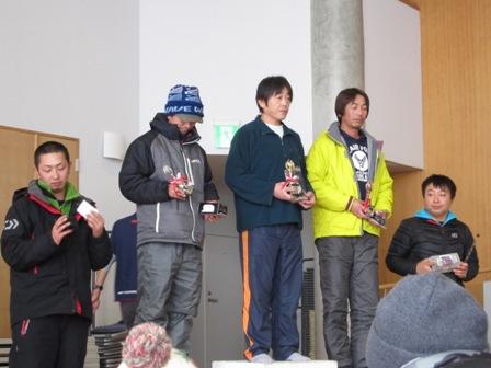 キャスティング岩洞湖氷上ワカサギ釣り大会2015