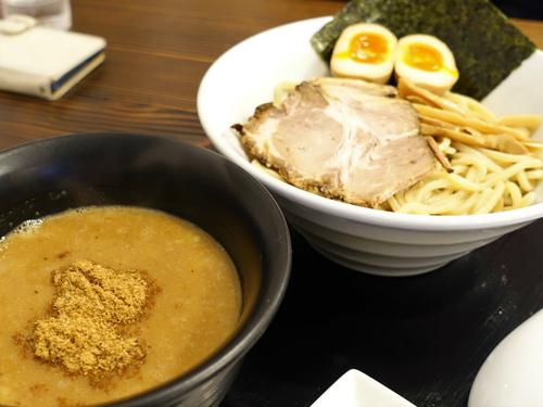 東京帰りに濃厚つけ麺