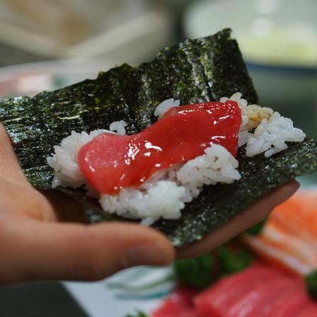 マグロの赤身の手巻き寿司