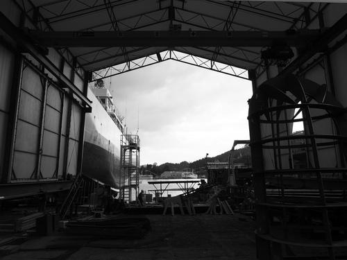 木戸浦造船での工事順調