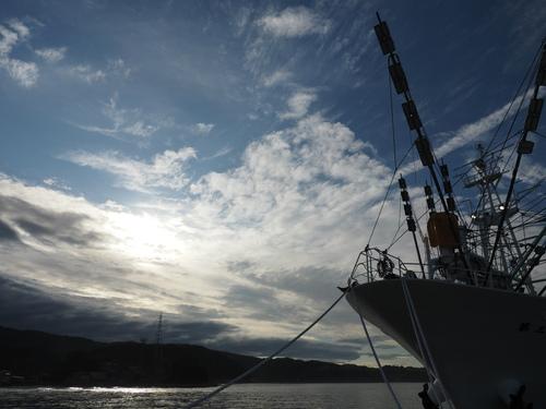 サンマ漁船が艤装開始