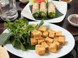 ベトナム料理のランチタイム