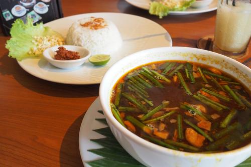 インドネシアの絶品スープ