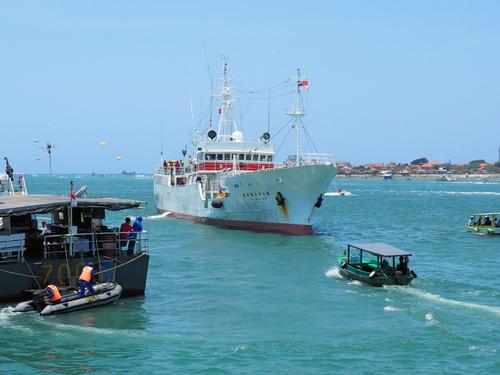 88勝栄丸がバリ島に寄港