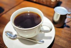 「YASSE COFFEE」でランチタイム