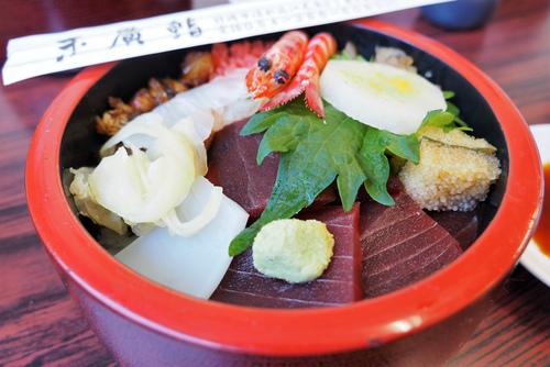 清水「末廣鮨」のちらし寿司