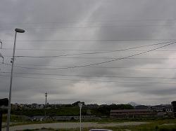 早朝散歩、曇り