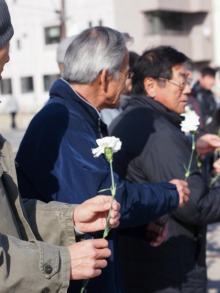 献花そして黙祷
