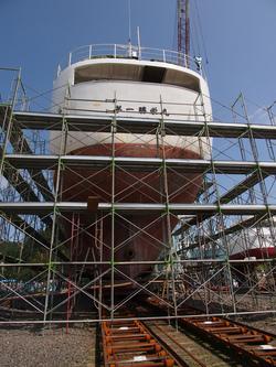 宮城県造船での上架工事開始