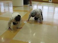 床がピカピカに~ワックス塗りを行いました~