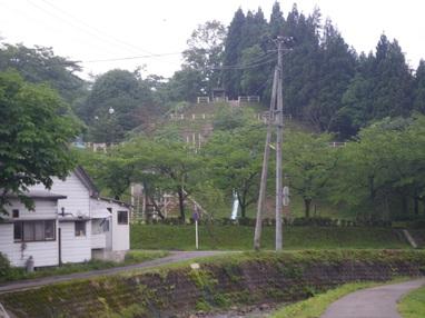 福士川沿いを歩く