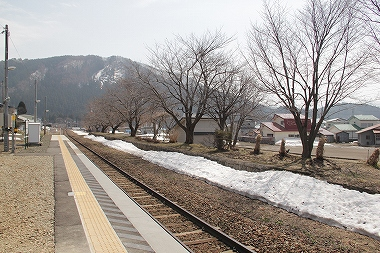 八幡平駅 ホーム