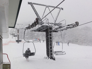 韓国の高校生徒が水晶山スキー場来訪!