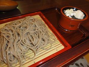 志張温泉元湯のお蕎麦