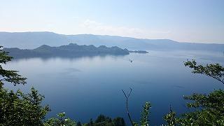 涼を求めて十和田湖に