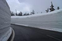 4月22日 雪の回廊