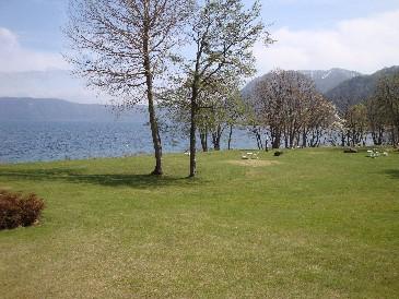 新緑の「十和田湖西湖畔」へ!