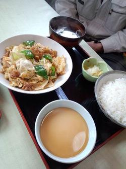 栗山飯店さん。