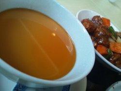 栗山飯店と言えば、私の中では酸辣湯麺なんですが…