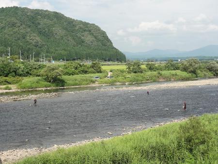 鮎釣り(米代川)