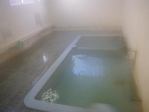 大湯温泉郷 「下の湯」(しものゆ)共同浴場
