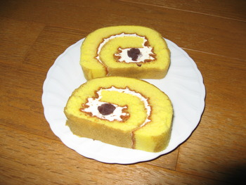 焼芋のロールケーキ