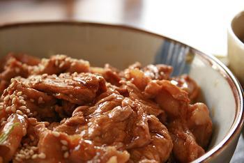 手打ち蕎麦と豚丼