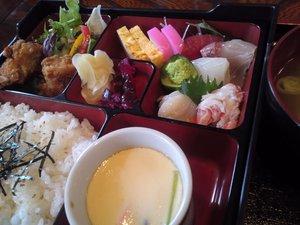 お寿司と釜めしならこちら