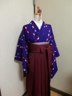 小学校の卒業式に向けて袴の着付け練習♪