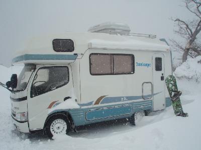 キャンピングカーレンタルでのスキー旅行