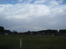 虹と二時の空