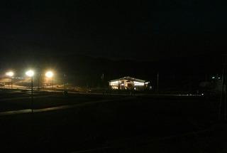 まちびらきに向けて夜も工事中