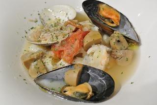 洋食レストラン「りぼん」の夜営業トライアル