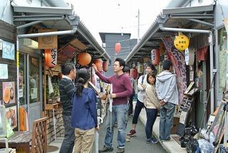 気仙沼横丁でマグロ丼(漁師のまかない丼)