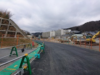 町内の新しい仮道路が開通!