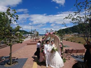 女川駅前で結婚式!