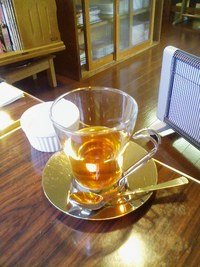 五橋の喫茶店「四月朔日(わたぬき)」