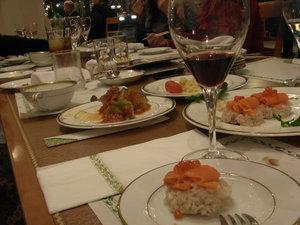山形セレクションのワインと小皿料理食べ放題