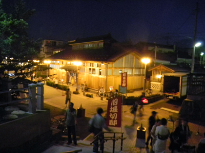 夜の旧堀切邸・・・♪
