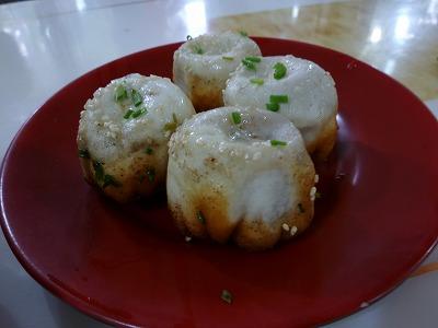上海代表ローカルグルメ、焼き餃子・生煎